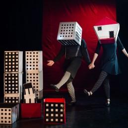 Cubes Circus by Dor Kedmi 1